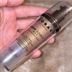 Lorac light source 3 in 1 illuminating primer